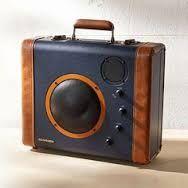 """Résultat de recherche d'images pour """"upcycled suitcase speaker vw"""""""