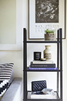 Almira Armstrong of Lumira Luxury Home Fragrances #theeverygirl #office #styling #blackandwhite