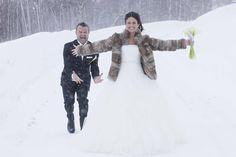 Thomas og Yvonne viet i Hemsedal kirke.   bryllupsfotograf#bryllup#brud#brudekjole#brudepar#bryllupsbilder#brudgom#fotograf#bryllupseventyr#sveinbrimi#bryllupsplanlegging#bryllupsbilde#bryllupsinsirasjon#nordiskebryllup#hemsedal#harahorn Winter Jackets, Instagram, Winter Coats, Winter Vest Outfits