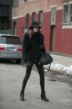 Pin for Later: Flashback Friday: NYFW Street Style Stars Trekked Through the Snow For Fashion NYFW Street Style Day 7 She took a page right out of Kate Moss's book. Source: Melodie Jeng/The NYC Streets