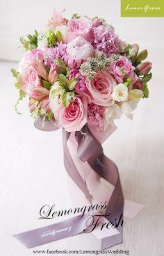 www.facebook.com/LemongrassWedding Bridesmaid Flowers, Bride Bouquets, Bridal Flowers, Flower Bouquet Wedding, Floral Bouquets, Floral Wedding, Flower Decorations, Wedding Decorations, Blush Bouquet