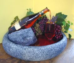 fountain diy How To Make Cool DIY Wine Bottle Fountain Wine Bottle Fountain, Wine Bottle Glasses, Diy Fountain, Tabletop Fountain, Wine Bottle Corks, Liquor Bottles, Wine Bottle Crafts, Fountain Design, Glass Bottles
