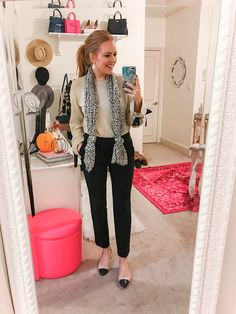 work outfits on a budget - business professional outfits on a budget Casual Work Outfits, Business Casual Outfits, Office Outfits, Work Casual, Business Attire, Stylish Outfits, Casual Wear, Casual Attire, Girl Outfits