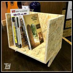 【新製桌上書架】  漂亮、有型、特別、好勁...,就是這書架吧^^  www.edmundyip.com