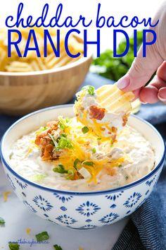 Bacon Ranch Dip, Bacon Dip, Cold Dip Recipes, Ranch Dip Recipes, Veggie Dip Recipes, Yummy Recipes, Veggie Dips, Summer Appetizer Recipes, Broccoli Recipes