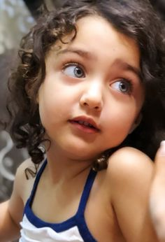 Cute Baby Girl Pictures, Cute Pictures, Cute Little Girls, Cute Kids, Baby Girls, World's Cutest Baby, Cute Babies Photography, Cute Baby Wallpaper, Stylish Kids