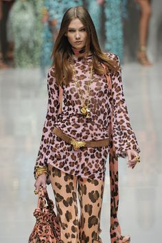 Blumarine at Milan Fashion Week Spring 2011 - Runway Photos