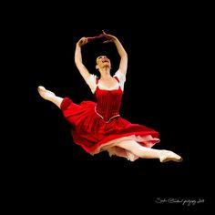 Maia Makhateli in Don Quixote (Het Nationale Ballet 2013). Photo by Sasha Gouliaev
