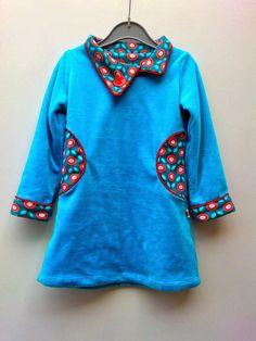 sisko by mieke: Tutorial: herfstkleedje met ronde zakken en overlappende kraag - gebaseerd op heidi&finn