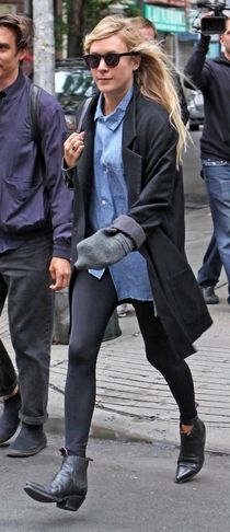 Chloe Sevigny casual and comfortable fashion ... Effortless !