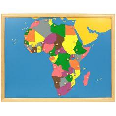Puzle de madera con marco con diseño de África, para que los niños aprendan sus diferentes países. Cada pieza se puede manipular para extraer del puzle y volver a colocar gracias a unbotón de agarreque incluye. Este material de lametodología Montessori,es perfecto para que, en una primera etapa los niños jueguen a realizar el puzle desarrollando así la motricidad fina y la coordinación de mano y ojo. Más adelante, se enseñan a los niños de una manerasensorial, tocando y manipulando las…