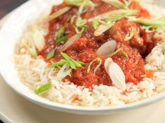 Moroccan Red Harissa Chicken recipe from Rachael Ray. Might be a good base for a copy cat cheesecake factory Moroccan Chicken. Spicy Recipes, Curry Recipes, Chicken Recipes, Cooking Recipes, Chicken Meals, Easy Recipes, Curry Chicken And Rice, Harissa Chicken, Teriyaki Chicken