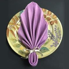 Autumn Leaf Napkin Fold in Just 6 Steps - The Bright Ideas Blog
