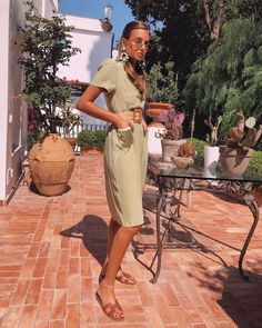 There is 1 tip to buy dress, midi dress, short sleeve dress, slide shoes, belt. Danielle Bernstein, Hermes Shoes, We Wear, How To Wear, Gucci Scarf, Short Sleeve Dresses, Dresses With Sleeves, Summer Outfits