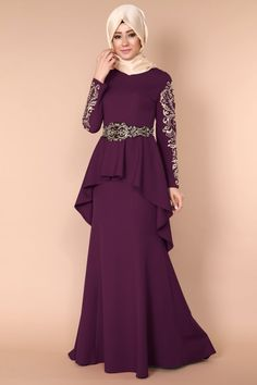 Ceket Görünümlü Peplum Balık Abiye Mürdüm Ürün Kodu: RZ6007-S --> 119.90 TL Modern Hijab Fashion, Muslim Women Fashion, Islamic Fashion, Abaya Fashion, Pakistani Dresses Online, Indian Fashion Dresses, Stylish Dresses For Girls, Stylish Dress Designs, Hijab Evening Dress
