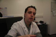 Eu em 2009 no Institut Gustave Roussy em Paris