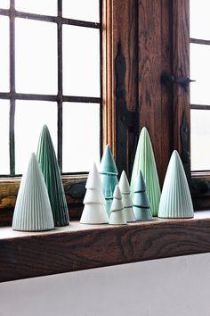 Søstrene Grenes Christmas Catalogue 2016 // Christmas trees in porcelain // Home decoration