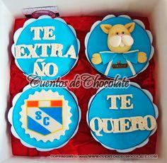 Cupcakes x4 personalizados. Tema: Gatito Sporting Cristal.