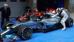 2014 Mercedes F1 W05 Hybrid (Lewis Hamilton)