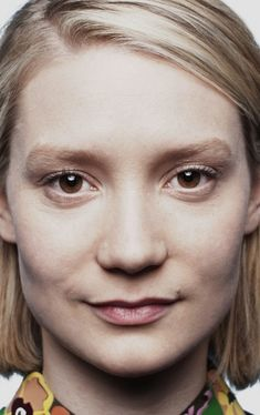 Mia Wasikowska, Drawing People, Feature Film, Portraits, Alice In Wonderland, Movie Stars, Actors & Actresses, Celebs, Face