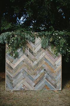 rustic country wood wedding backdrop