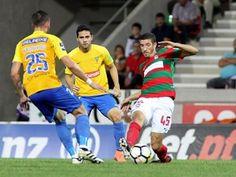 O Marítimo e o Estoril-Praia empataram este domingo 0-0, em jogo da 12.ª jornada da I Liga portuguesa de futebol, disputado no Funchal. http://sicnoticias.sapo.pt/desporto/2017-11-26-Maritimo-e-Estoril-empatam-a-zero-na-estreia-de-Ivo-Vieira