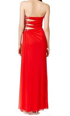 T8 http://www.ebay.com/itm/Xscape-NEW-Red-Women-039-s-8-Embellished-Draped-Pleated-Ball-Gown-Dress-229-113-/311912666319?_trksid=p2047675.l2557