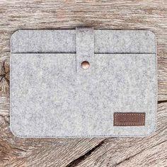 Great gift for him. Tablet PC Case (nexus 9). Simple grey tablet case made of felt – a unique product by werktat via en.DaWanda.com