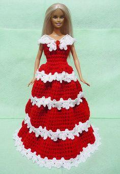 Gehäkelte Barbie Dress 04 von HakoAmigurumi auf Etsy https://www.etsy.com/de/listing/120060610/gehaumlkelte-barbie-dress-04