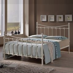 Buy your king size bed online or instore from Hamseys. Our wide range includes upholstered, wooden & leather king size bed frames. Contemporary Bedroom Furniture, Bedroom Furniture Design, Bedroom Ideas, Bedroom Designs, Diy Design, Beds Uk, Double Bunk Beds, Ottoman Storage Bed, Bed Frame Design