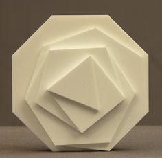 max bill art - Google Search Max Bill, Abstract Sculpture, Sculpture Art, Olafur Eliasson, Hobbies And Crafts, Art Google, Geometric Shapes, Paper Art, Hands