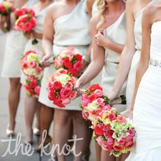 hot pink, pink, light pink roses, hydrangeas, hypericum