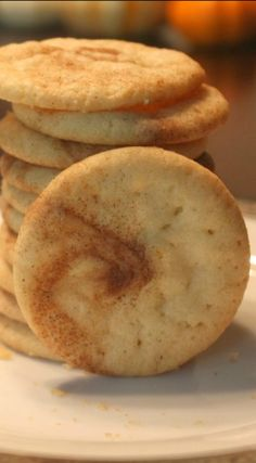 Pumpkin Spice Swirled Sugar Cookies. Quick and easy hack to get that pumpkin spice swirl.