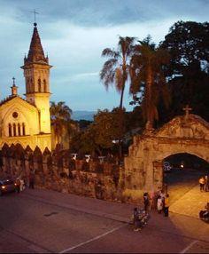 Cuernavaca, Mexico                  Bienes raíces en Cuernavaca: http://arquydesa.com/