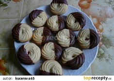 Churros, Macaroons, Czech Recipes, Pasta, Holiday Cookies, Tea Party, Muffin, Food And Drink, Sweets