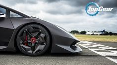 It came to TG, it saw, it conquered: more track pics of the hardcore Lamborghini http://www.topgear.com/uk/photos/lamborghini-sesto-elemento-top-gear-track-2013-08-09