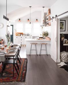 Scandinavian Dining Room Design: Ideas & Inspiration - Di Home Design Modern Kitchen Interiors, Interior Design Kitchen, Kitchen Decor, Kitchen Dining, Kitchen White, Open Kitchen, Modern Interior, Kitchen Ideas, Traditional Interior