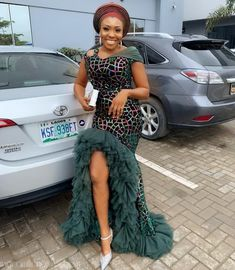 nigerian dress styles The truth about designs is that it can always be built on and these latest Nigerian lace styles and designs, volume 16 show the height of creativity Nigerian Dress Styles, Best African Dresses, African Lace Styles, Ankara Dress Styles, African Fashion Ankara, Latest African Fashion Dresses, African Print Dresses, African Print Fashion, African Attire