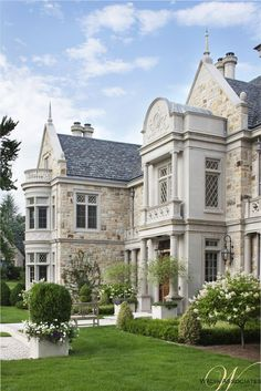See how the bones of the exterior utilize stone and architectural detaling to personalize a historically inspired design, creating a handsome sillouette. - Luxury Homes Architecture Design, English Manor, House Goals, Next At Home, My Dream Home, Dream Life, Exterior Design, Stone Exterior, Exterior Cladding