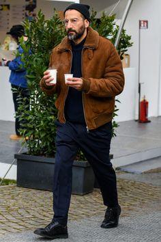 Stylish Men, Men Casual, Casual Look For Men, Teen Boy Fashion, Guy Fashion, Work Fashion, Sheepskin Jacket, Outfits Hombre, Mens Fashion Wear