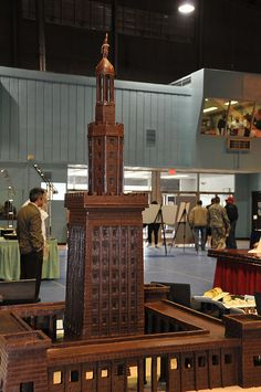 US Army Culinary Arts Competition: Team Drum's Lighthouse of Alexandria sculpted from chocolate I Love Chocolate, Chocolate Treats, How To Make Chocolate, Chocolate Lovers, Food Sculpture, Chocolate Sculptures, Edible Creations, Candy Art, Art Competitions