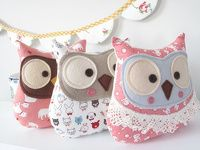 Handmade owl plush toy Hudson made from cute Japanese fabric Sewing Toys, Sewing Crafts, Sewing Projects, Felt Owls, Felt Animals, Owl Fabric, Fabric Crafts, Softies, Owl Crafts