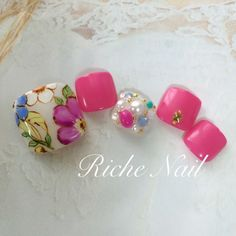 #nail #summer #white #pink #clear #flower #studs