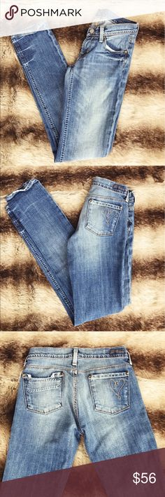"""• Citizens of Humanity • Ava Jeans - Citizens of Humanity  - Style: I heart citizens  - Distressed Look  - Ava  - Size 24  - Inseam 32"""" - Rise 6 1/2""""  - Hard to Find Citizens of Humanity Jeans Straight Leg"""