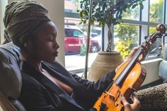 One of many great free stock photos from Pexels. This photo is about turban, violin, woman Jamaican Men, Music And The Brain, Instrumental Beats, Violin Lessons, Negative People, Black Artists, Lany, Bad Hair Day, For Your Health