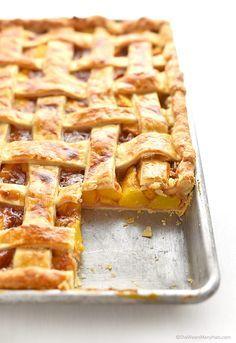 Peach Slab Pie Recipe | shewearsmanyhats.com