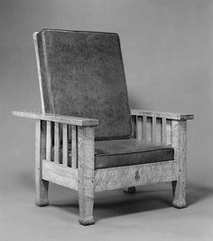Reclining Morris Chair 1903 East Aurora, NY (45 1/2 x 31 7/8 x 38)