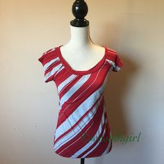 ON VACAY Grey and Red Striped Tee Cute tee with fluttered sleeves. Size Small. This is a reposh. More like a Juniors Small. I wear a 34/36 bust and its snug in the chest without a bra already. Does have natural stretch, but it's personal preference. 56% cotton, 35% polyester, 9% rayon NO TRADES SoSik Tops Tees - Short Sleeve