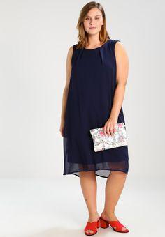 ¡Consigue este tipo de vestido por la rodilla de Zizzi ahora! Haz clic para  ver los detalles. Envíos gratis a toda España. Zizzi KNEE LENGTH Vestido ... d51982ce3e6