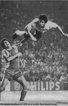 That player that you see flying through the air is Carlos Santillana, the best head shot of all time